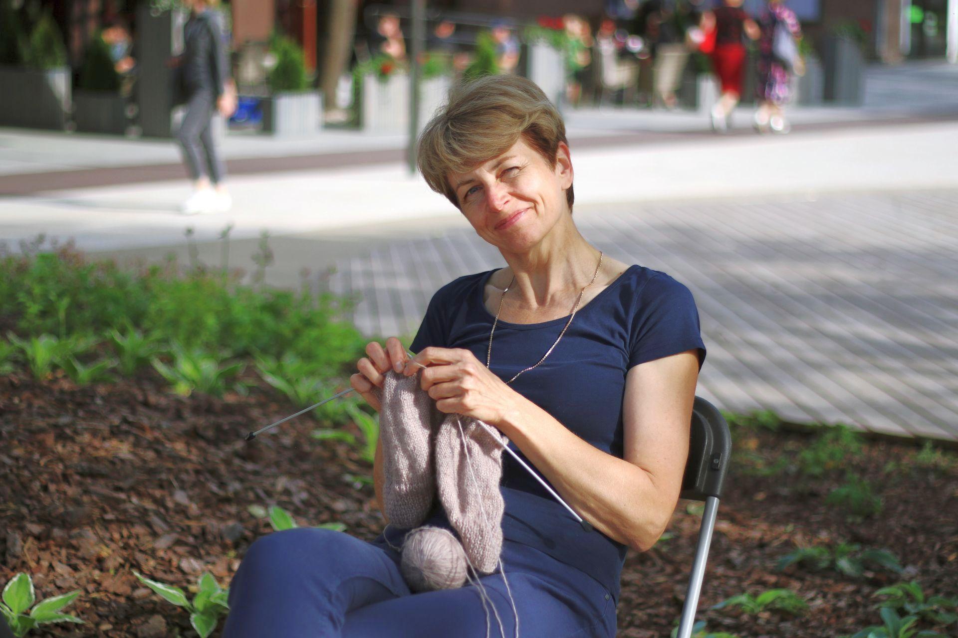 Kvietėme minėti Pasaulinę mezgimo viešumoje dieną